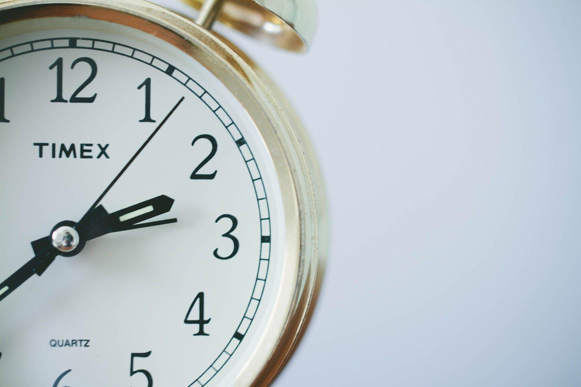 プログラミング独学での習得時間はどれくらい必要か?【現役エンジニアが解説】